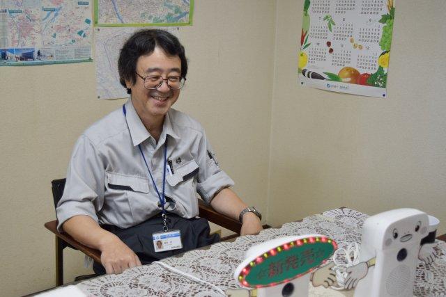 お話をうかがったのは「呼び込み君」の開発に携わった藤巻さん。商品開発部の取締役本部長である。