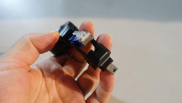 USBのケーブルなんだけど、LANになる(どゆこと!?)