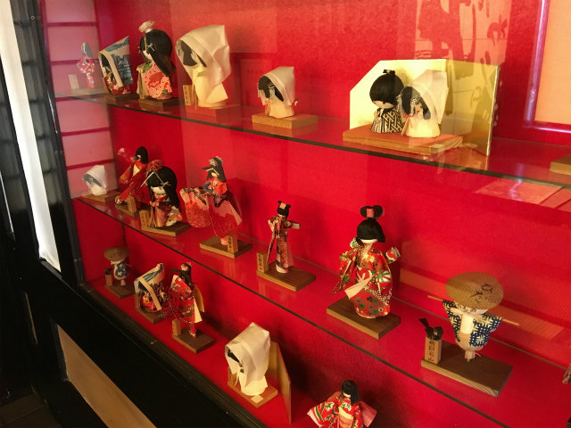 飛騨高山の民芸品の人形?
