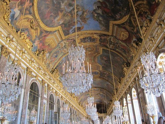 ヴェルサイユ宮殿はすごかったです、ゴージャスの食傷状態。