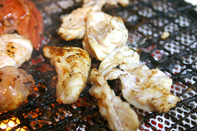 プリプリの美味しいミノが500円で食べられるのもキッチン焼き肉ならでは