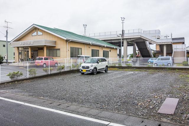 こちらはみっつめの津波タワー。最初のと同じように敷地に建っていて、歩道橋タイプではない。