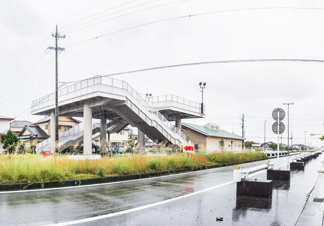 雨の中、津波タワーを巡って歩きました。