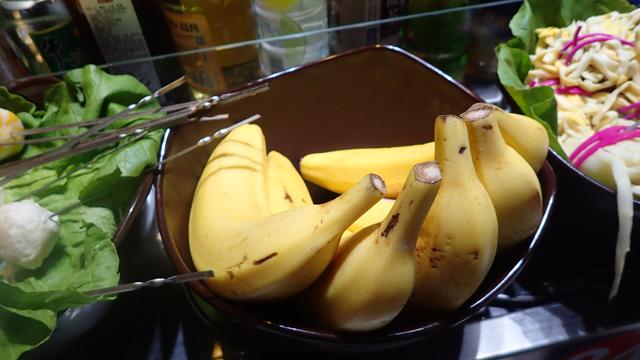 これも、鍋に入れる用ではないと思う。辛いもの食べているとバナナが恋しくなるのだろうか