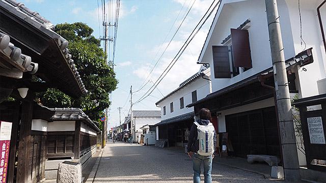 江戸~大正に建てられた、立派なお屋敷や蔵などが並ぶエリア。