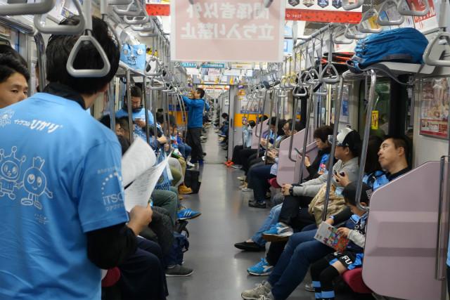 東京メトロ線内を走行中