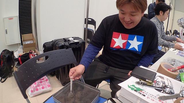 予告通り本当に桜島の火山灰を持ってきた「KagoshimaniaX」