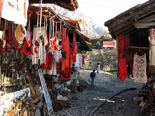 購入場所のアルバニア