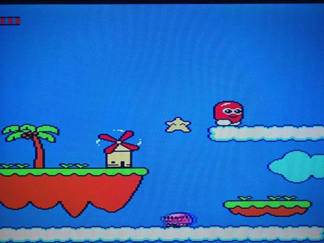 こちらは「SKY ZONE」というゲームの画面。どこか懐かしい横スクロールの2Dアクションゲームだ。