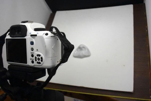同時にサンプルを撮影して、パッケージ用写真も作成する。