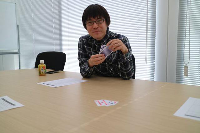 不敵な笑みをうかべる石川さん