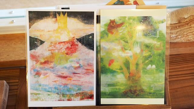 中村さんの作品。色使いがきれい。