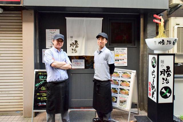 お話を伺ったのは、石川明日香(いしかわ・あすか)さん(右)