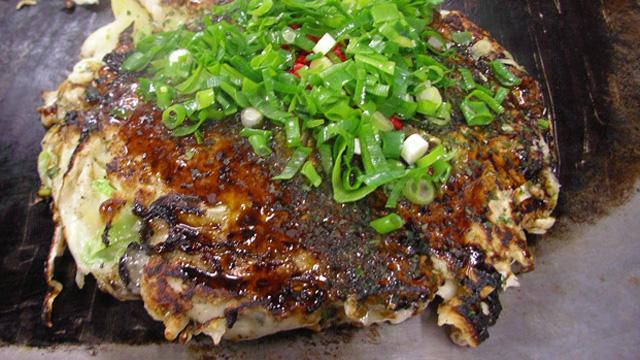 岡山にいってきました。カキお好み焼き食べに。