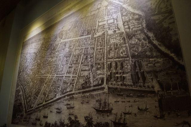 おぉ!いいもんあるぞ、昔のホーチミン市(サイゴン)の地図だ。