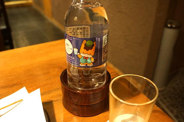 """かわりに、群馬の美味しい水をチョイス。さすがの""""群馬推し""""である。"""