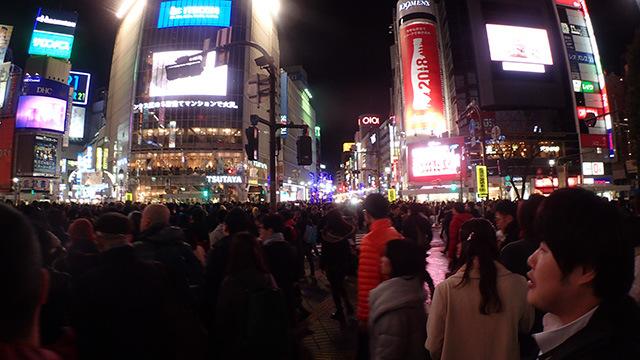 撮影場所は江ノ島くんに土地勘がまったくないという渋谷にした。