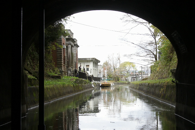 トンネルを抜けると、そこは蹴上の下船場だ