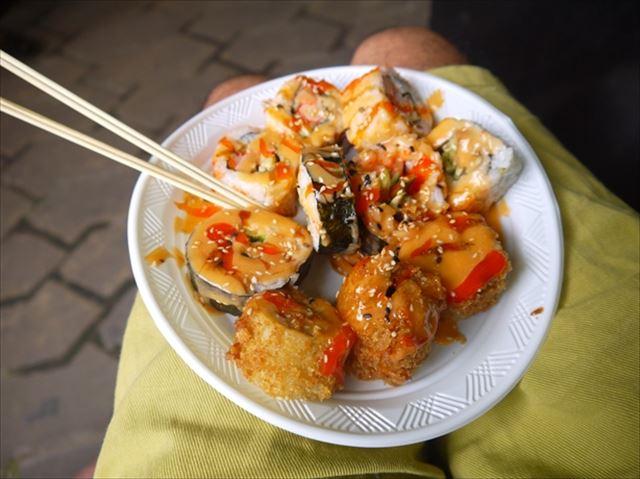 まるっと揚げちゃった「寿司フライ」はこちらです。
