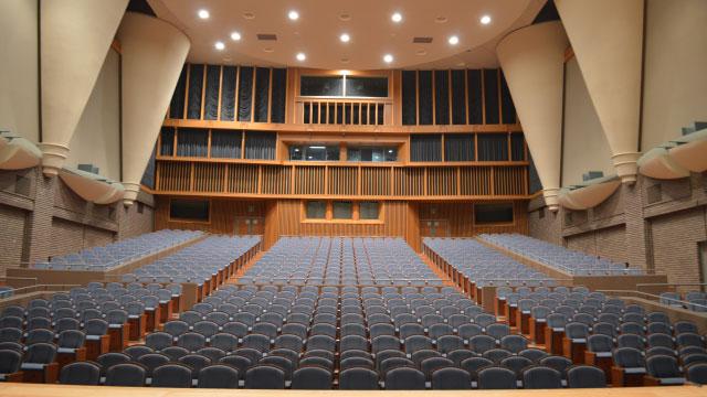 ステージ中央に立てるって気持ちがいい。誰も見てないけど