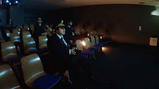 モノクロ映像が3Dになっていると「それ飛び出すの?」という感動がある。