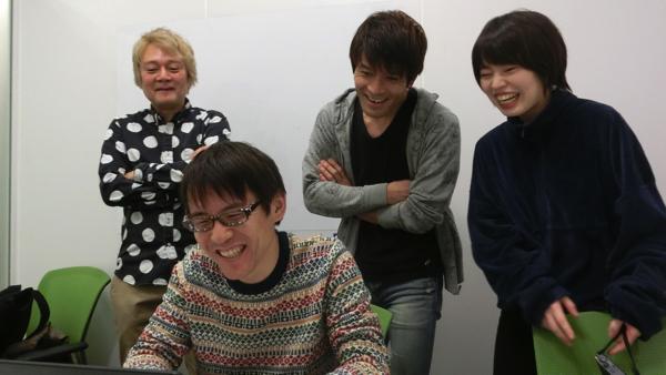 Photoshopで挑戦した石川さん。色加工で「ここはショートカットキーを使おう」と言われて笑ってしまう。