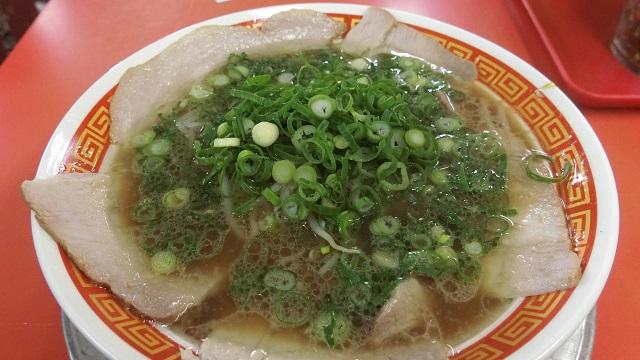 神戸で食べられるラーメン「もっこすらーめん」。行くなら工場直営店だということがわかりました。もしくは板宿店。
