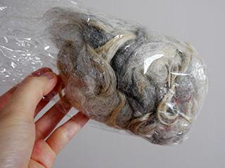 この羊毛が白髪に使えそうなので