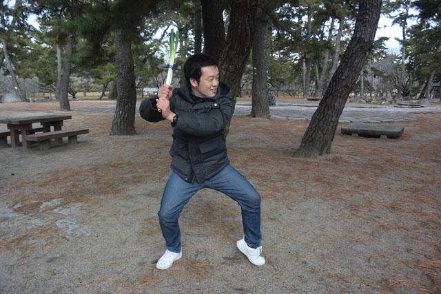 追い詰められてネギで種田選手のモノマネを始める僕。