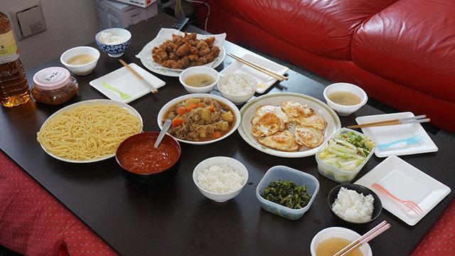 米と麺。欲望だらけの食卓。