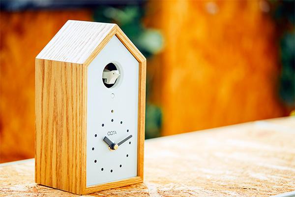 IoTの鳩時計「OQTA(オクタ)」