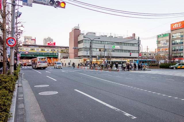 駅前のバスロータリー空間が「道の上の駅感」を損なっている。