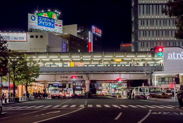 吉祥寺駅も同様。駅前ロータリーが充実しちゃってもう。