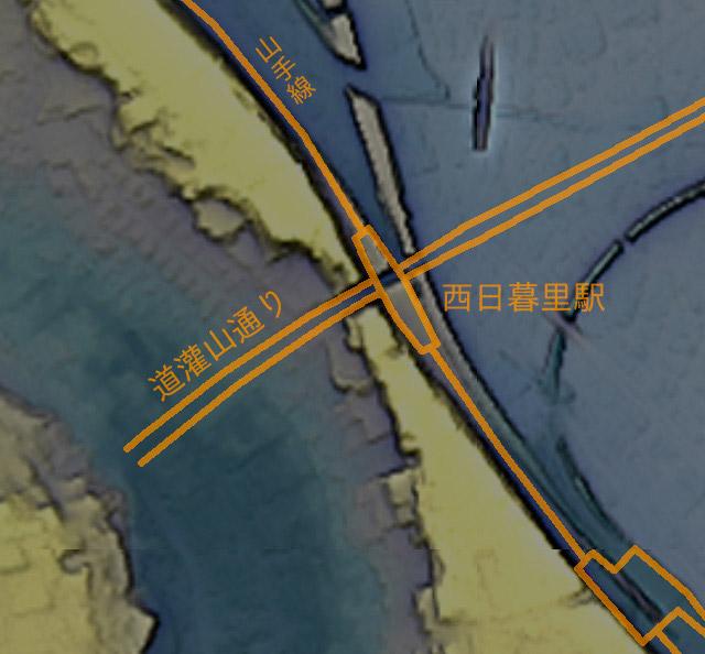 上の地形図に重ねて図示したもの。(国土地理院「基盤地図情報数値標高モデル」5mメッシュをカシミール3D スーパー地形セットで表示したものをキャプチャ・加筆加工)
