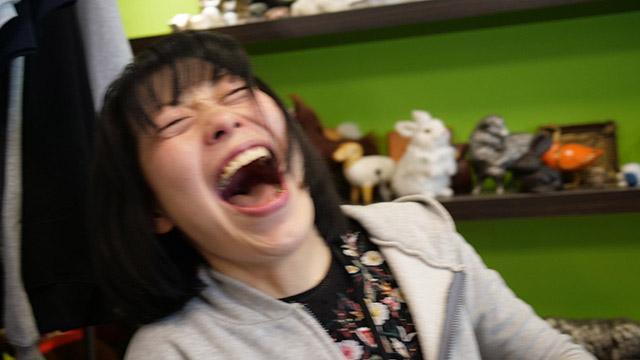 2007年の記事を書いた古賀さん。終始笑いっぱなしでインタビューが行われました。