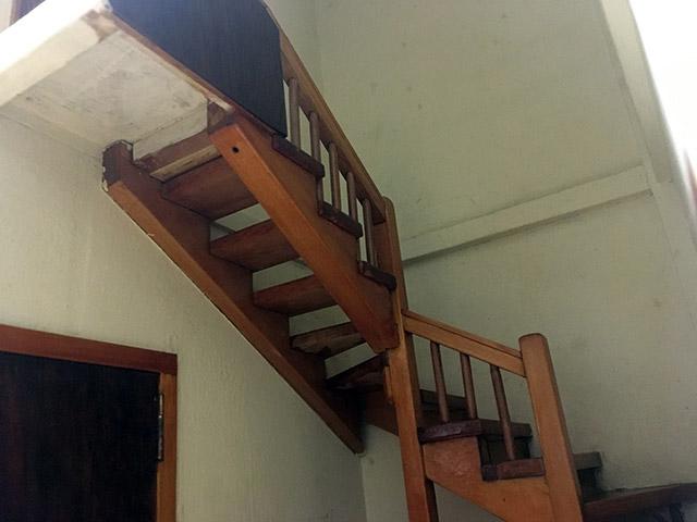 友達の家がこういう階段だった!