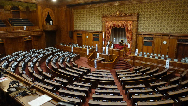 参議院の本会議場