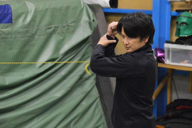 見せてもらったショーの通し稽古でも主役を担当。亮さんという名前もいかにもレッドっぽい!