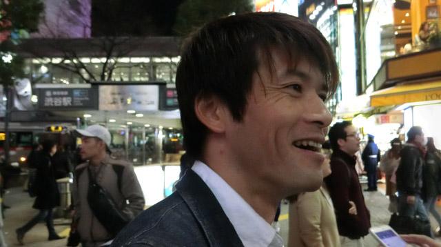 編集部安藤さんと行く。辛いのは好きだが次の日が胃に来るタイプらしい。あとバナナが好き。この日も持ち歩いていた。