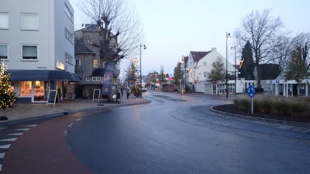 国境の町ファールス