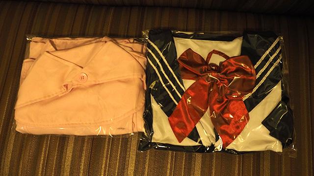 2着まで。畳んだものが部屋に届く。