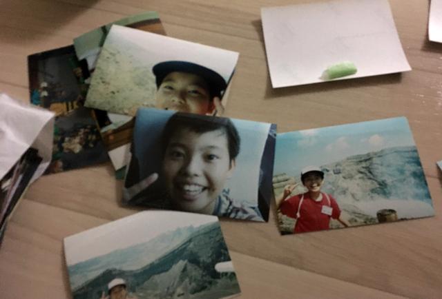ただ写真は小学五年生の時にいった阿蘇山旅行での自撮りがほとんどである。紙の写真が昔のものしかなかったからだ。