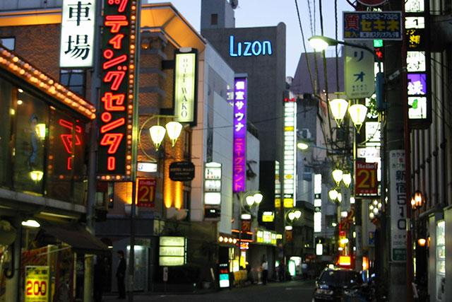 2001年頃の歌舞伎町。この辺はあんまり変わってないなぁ