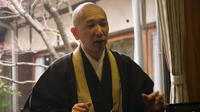永正寺副住職の中村建岳さん構想10年の仏像を開発したという