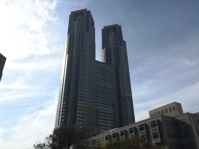 日本を代表する建築家、丹下健三によって設計された。