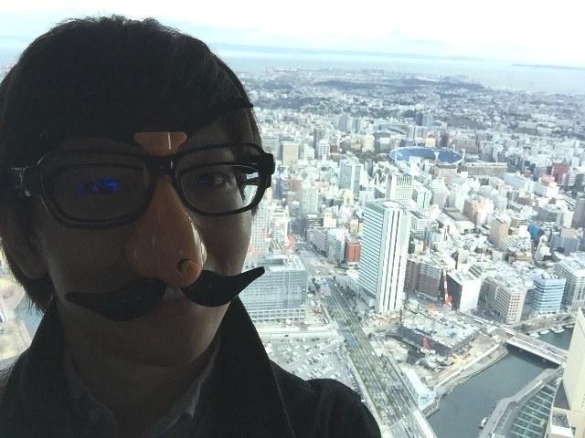 ただ動くタイプの鼻メガネではどうやっても良い写真は撮れない