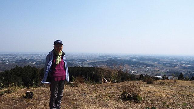 ここには山登りの訓練でよく来るという女性。たくさん話して「また会いましょう」と力強く握手。