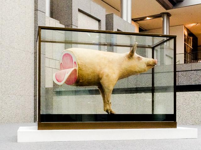 吉村益信の『豚;pig' Lib;』という作品。