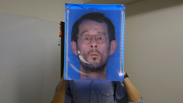 デカ顔箱を作ったグラハム・ベルですって言ってみます