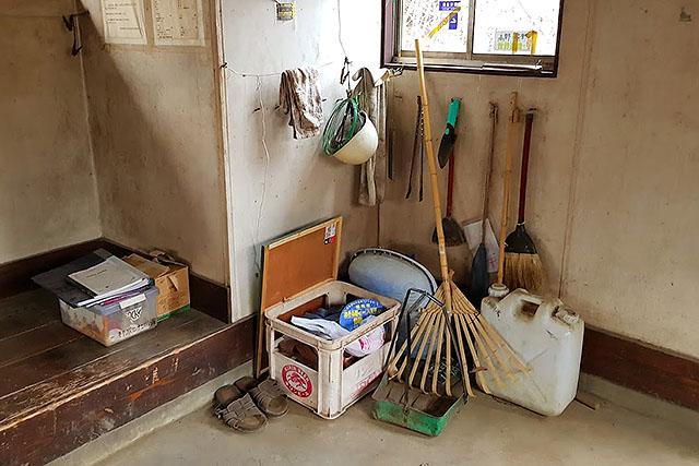 ゴミを残していくなんてもっての他です。なお、この避難小屋はトイレもあります。